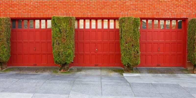 choosing the right garage door - Superior Garage Door Repair