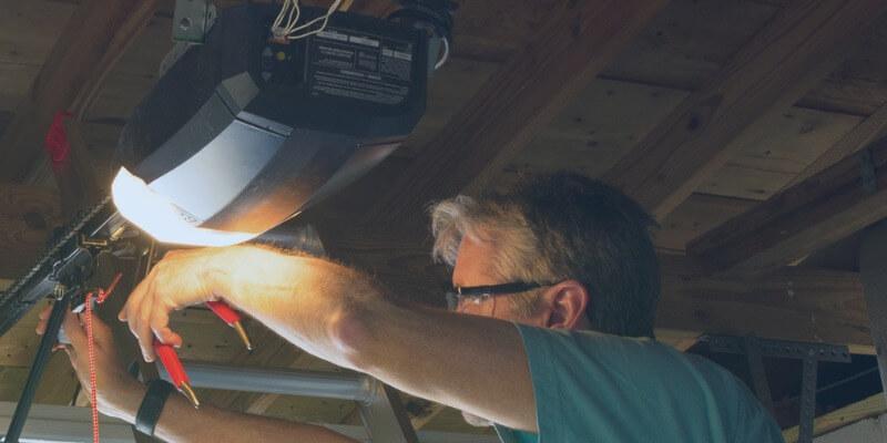 common garage door opener problems - Superior Garage Door Repair
