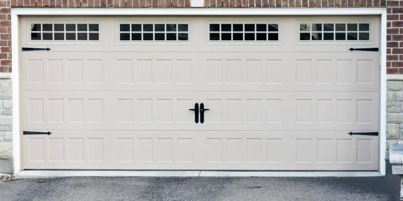 finding garage door services - Superior Garage Door Repair