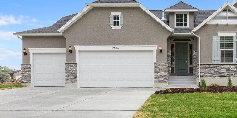 get sectional garage door for your commercial place - Superior Garage Door Repair