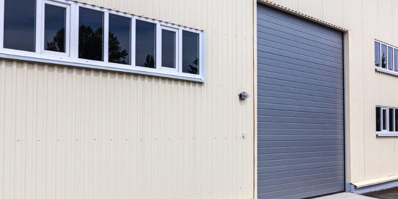 obtain sectional garage door for your commercial place - Superior Garage Door Repair