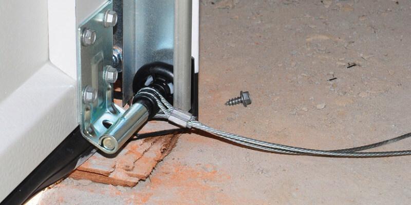 repair garage door cable snapped - Superior Garage Door Repair