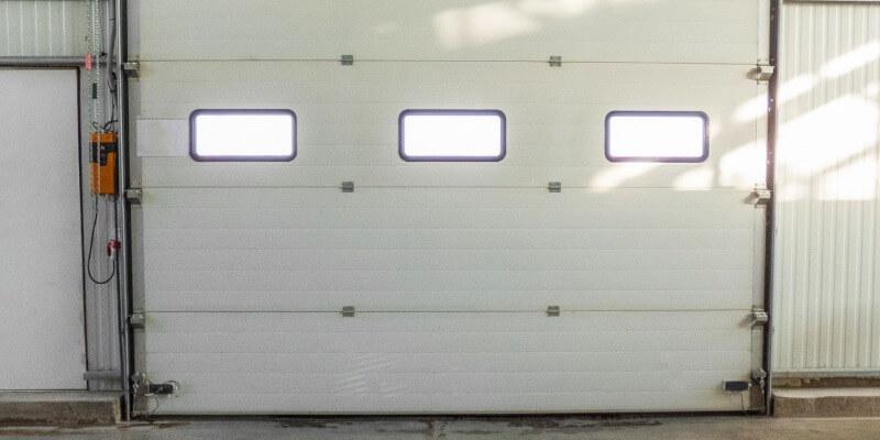 typical garage door problems - Superior Garage Door Repair