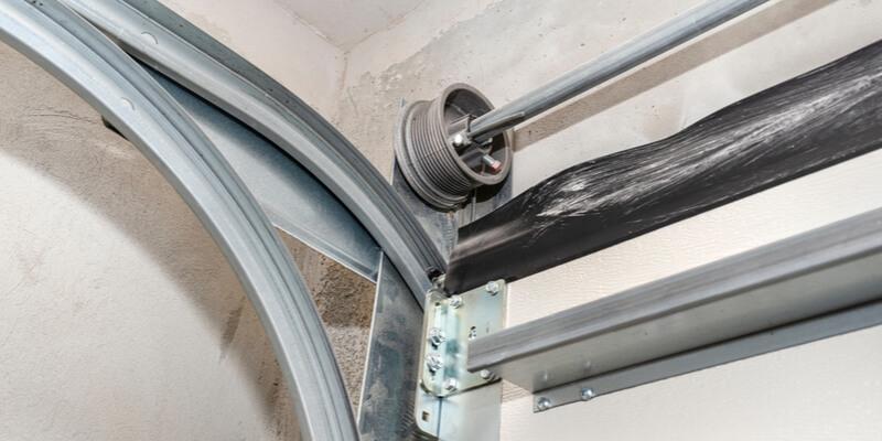 garage door strut installation - Superior Garage Door Repair
